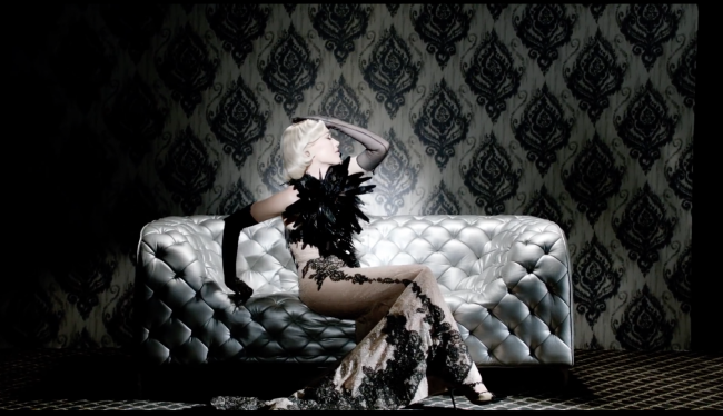 Gwen Stefani,misery,yassen samouilov,livia stoianova,music,video,clip,fashion,haute couture,couture,onauratoutvufashion,theresidency,paris,usa
