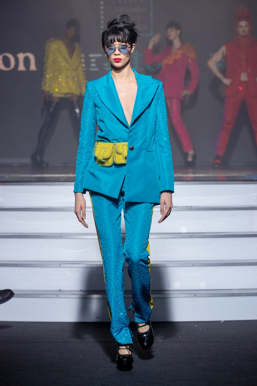 onauratoutvu, fashion, Haute Couture, Yassen Samouilov,Livia Stoianova, accessories, robe, veste, pfw, parisfashionweek, art, Paris Haute Couture Fashion Week, mode, woman models, men,boys, spring summer 2020 ,ss20, celebritystyle