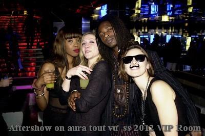 On aura tout vu, aftershow couture été 2012, VIP ROOM